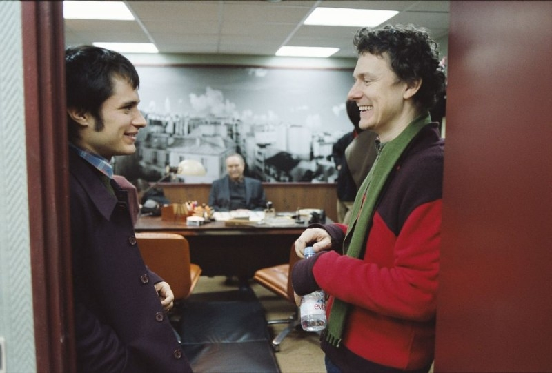 Michel Gondry e Gael García Bernal sul set di L'arte del sogno
