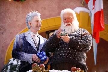 Tim Allen e Martin Short in una scena di Santa Clause è nei guai (2006)
