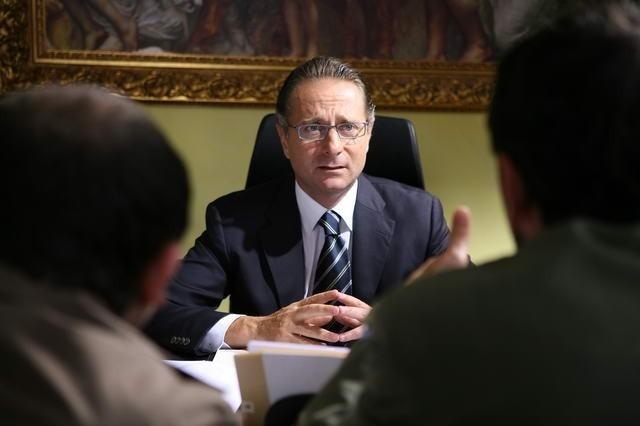 Paolo Bonolis nel film Commediasexi (2006)