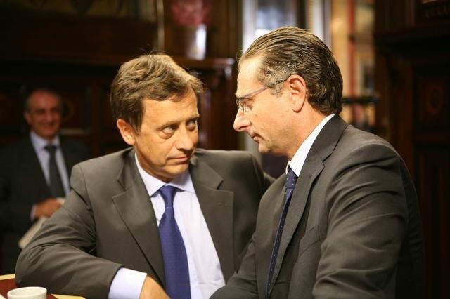 Paolo Bonolis in una scena del film Commediasexi