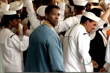 una immagine di Denzel Washington in Deja Vu - Corsa Contro Il Tempo