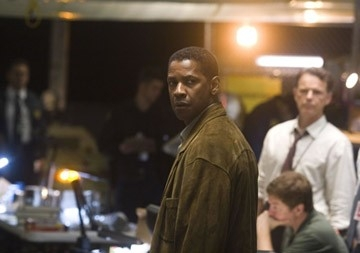 Denzel Washington in una scena di Deja Vu di Tony Scott