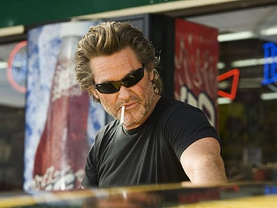Kurt Russell in una scena del film Grind House