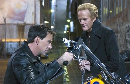 Nicolas Cage in una scena di Ghost Rider