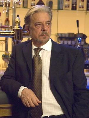 Giancarlo Giannini in una scena del film Casino Royale