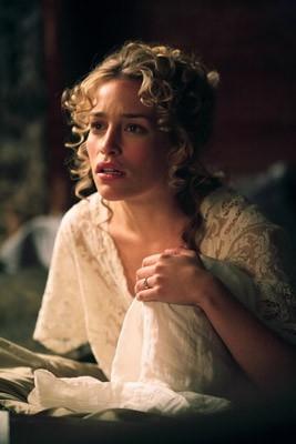 Piper Perabo in una scena di 'The Prestige'