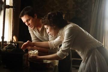 Rebecca Hall e Christian Bale in una scena di 'The Prestige'