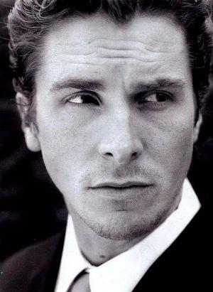 un fascinoso primo piano di Christian Bale