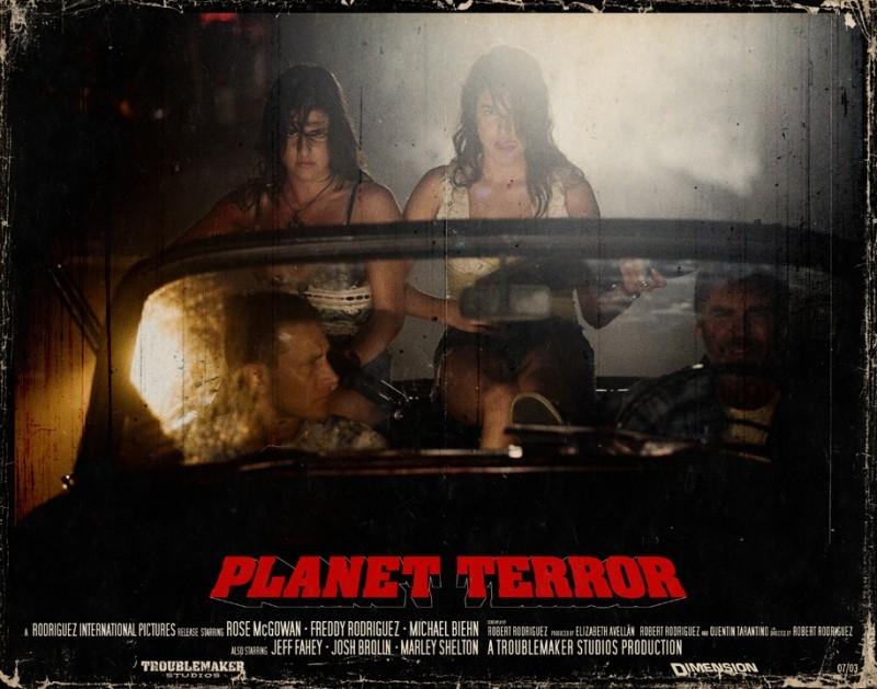 Una lobbycard promozionale di Planet Terror, uno dei due episodi di Grind House