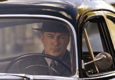 Alec Baldwin in una scena del film The Good Shepherd