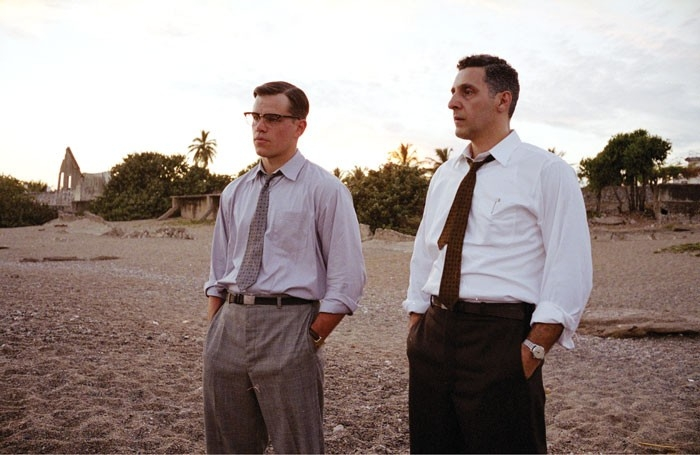Matt Damon e John Turturro in una scena del film The Good Shepherd