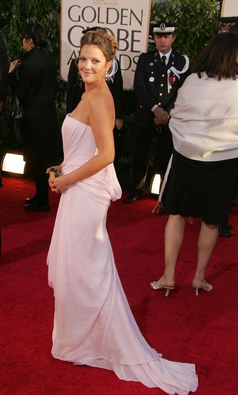 Golden Globes 2007, Drew Barrymore fasciata in un abito bianco