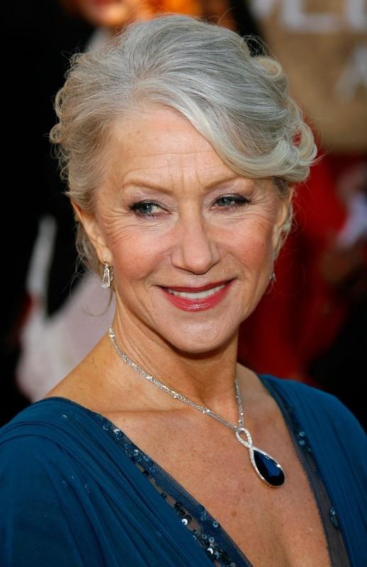 Un primo piano di Helen Mirren, regina indiscussa dei Golden Globes 2007