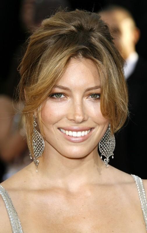 Una sorridente Jessica Biel ai Golden Globes 2007