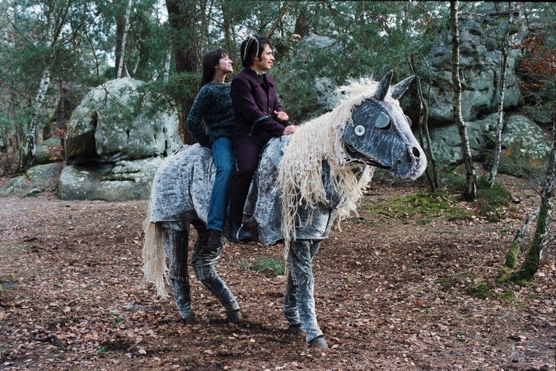 Gael García Bernal e Charlotte Gainsbourg in una scena del film L'arte del sogno di Gondry