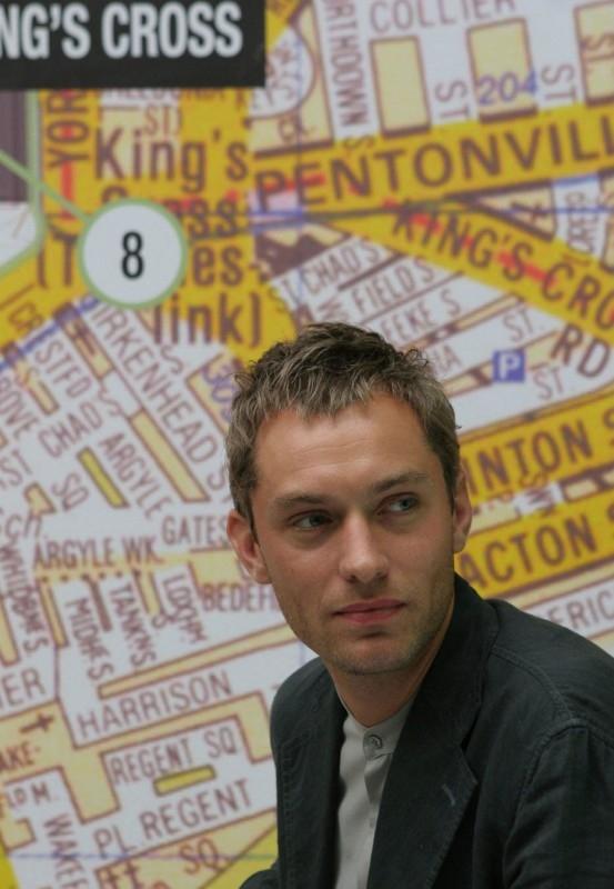 Jude Law è tra i protagonisti di Complicità e sospetti