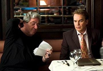 Ramis e John Cusack in una scena del film The Ice Harvest