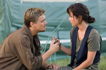 Jennifer Connelly e Leonardo DiCaprio in una sequenza del film Blood Diamond - Diamanti di sangue