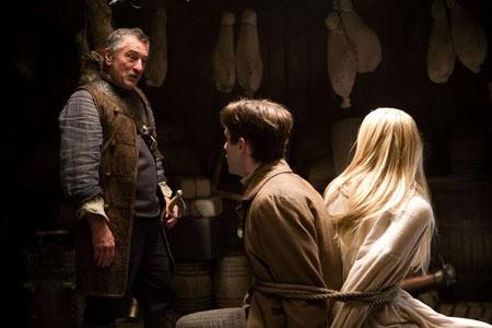 Robert De Niro, Charlie Cox e Claire Danes in Stardust