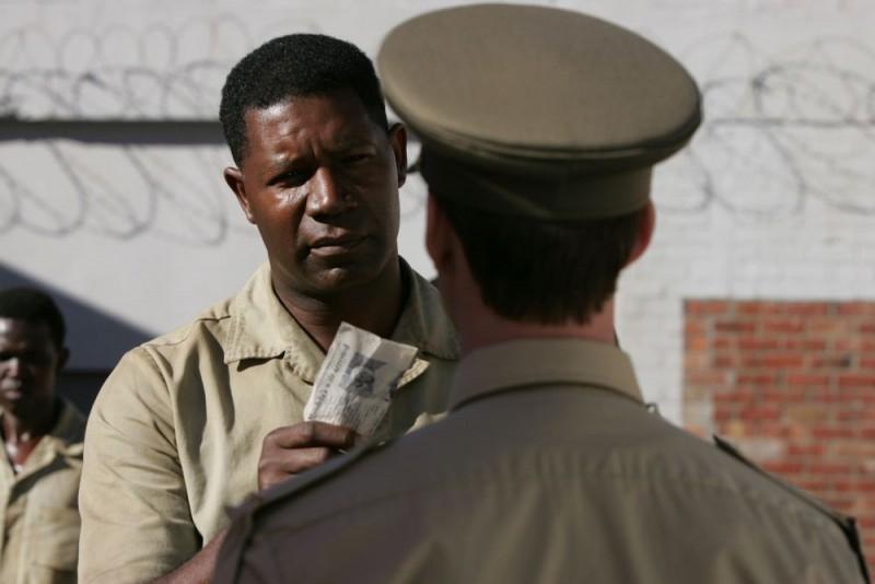 Dennis Haysbert in una scena di 'Il colore della libertà'