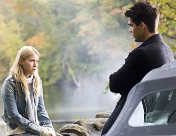 Laura Ramsey con Steven Strait in una scena del film The Covenant