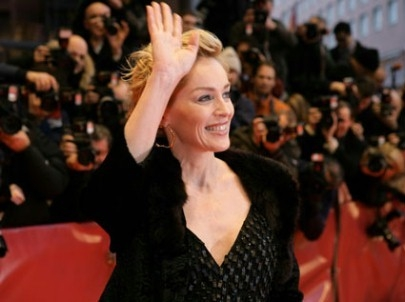 Sharon Stone alla Berlinale 2007 per presentare il dramma When a man falls in the forest