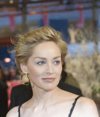 Sharon Stone alla berlinale 2007 per presentare il film When a man falls in the forest