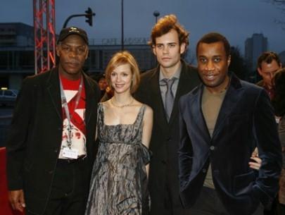 Danny Glover, Laura Regan, Rossif Sutherland e Clement Virgo alla Berlinale 2007 per presentare il film Poor Boy's Game