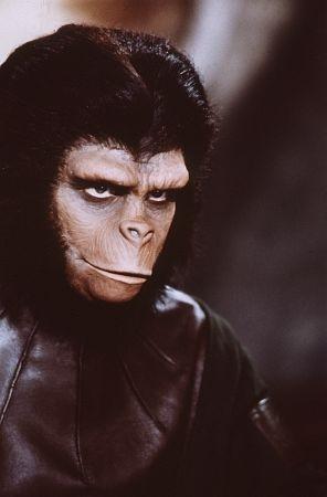 Roddy McDowall in una scena de Il pianeta delle scimmie