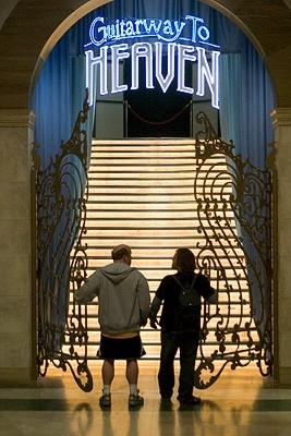 Jack Black e Kyle Gass in un'immagfine del film Tenacious D e il destino del rock