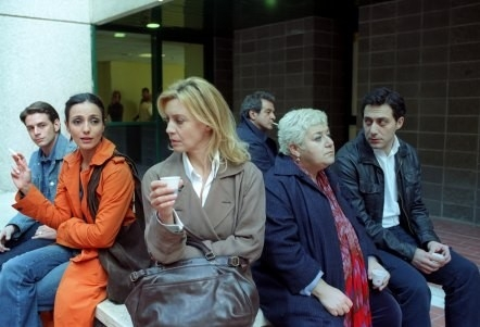 Margherita Buy e Ambra Angiolini in una scena di Saturno Contro