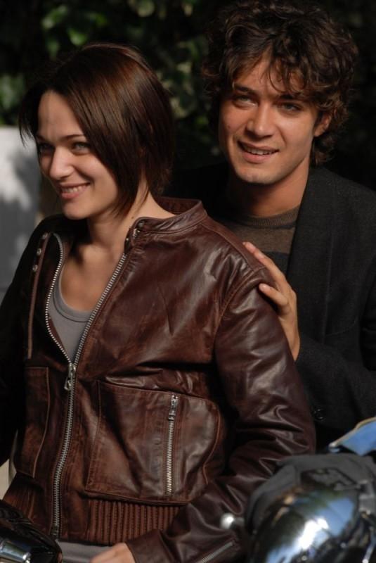 Laura Chiatti e Riccardo Scamarcio in una scena del film Ho voglia di te