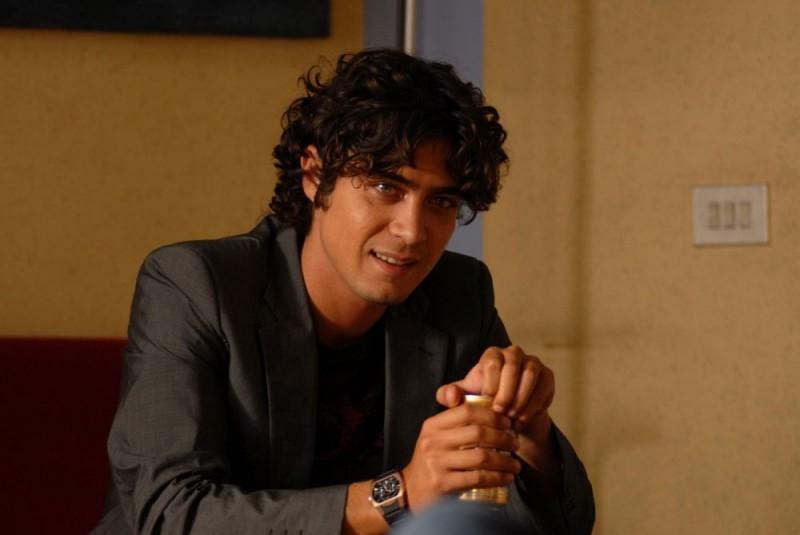 Step/Riccardo Scamarcio in una scena del film Ho voglia di te