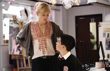 Cate Blanchett ed Andrew Simpson in una scena del film Diario di uno scandalo