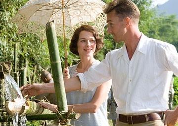 Edward Norton e Naomi Watts in una scena del dramma Il velo dipinto