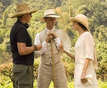 John Curran e Naomi Watts sul set de Il velo dipinto