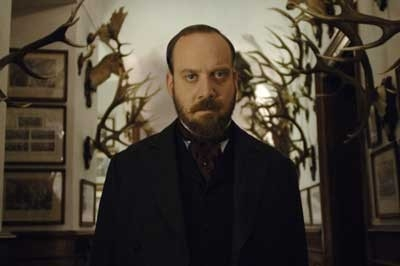 Giamatti in una scena del film The Illusionist
