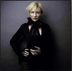 Cate Blanchett, elegante e sofisticata