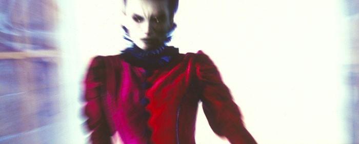 Maria Kalinina in una scena del film Stay Alive