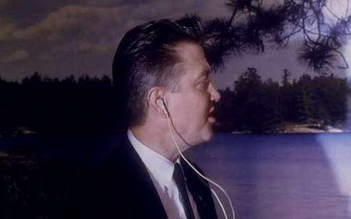 David Lynch in una scena di FUOCO CAMMINA CON ME