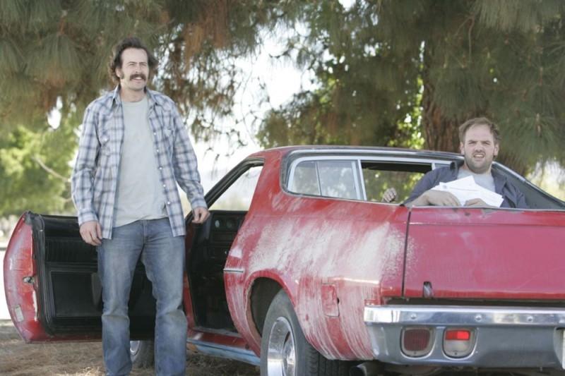 Ethan Suplee e Jason Lee in una scena della sitcom My Name Is Earl