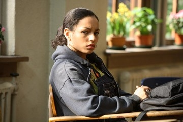 April Lee Hernandez in una scena del film Freedom Writers