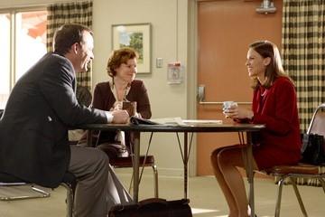 Hilary Swank, John Bejamin Hickey e Imelda Staunton in una scena del film Freedom Writers