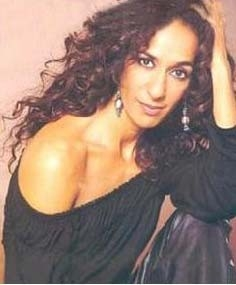 l'attrice e cantante Rosario Flores