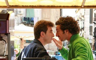 Ficarra e Picone in una scena del film Il 7 e l'8