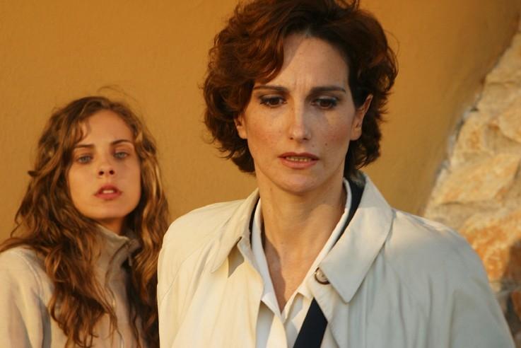 Lorenza Idovina e Mary Petruolo in una scena de 'Il segreto di Arianna'