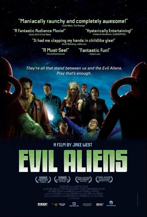 La locandina di Evil Aliens - Preparati a scappare