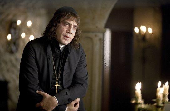 Javier Bardem in una immagine del film L'ultimo inquisitore