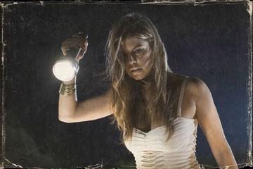 Fergie in una scena del film del film Planet Terror, episodio del double feature  Grind House