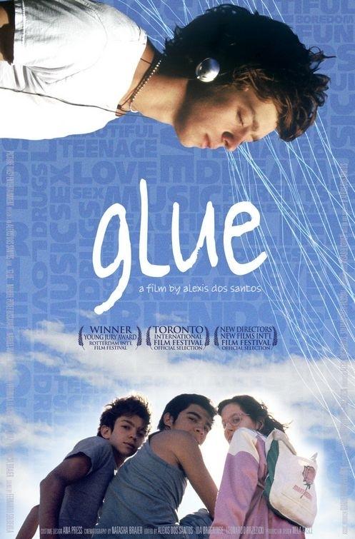 La locandina di Glue